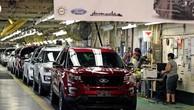 Một nhà máy sản xuất xe Ford ở Chicago - Ảnh: AP.