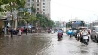 """Ngay sau khi đưa vào sử dụng, đường Nguyễn Hữu Cảnh đã trở thành """"rốn ngập"""" của TP.HCM. Ảnh: Minh Khuê"""
