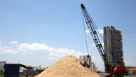 Hầu hết các công trình xây dựng của TP.HCM đều sử dụng nguồn cát khai thác trái phép. Ảnh: Lê Tiên