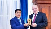 Chủ tịch UBND TP. Hà Nội khẳng định Hà Nội luôn coi trọng việc xây dựng quan hệ thương mại toàn diện với Đức. Ảnh: Xuân Yến