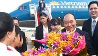 Thủ tướng đến Phnom Penh, bắt đầu thăm chính thức Campuchia