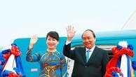 Lễ đón trọng thể Thủ tướng Nguyễn Xuân Phúc tại thủ đô Viêng Chăn, CHDCND Lào