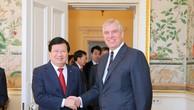 Chuyến thăm Anh thành công của Phó Thủ tướng Trịnh Đình Dũng