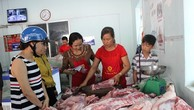 Sản phẩm được mua trực tiếp từ trại của các thành viên Hiệp hội Chăn nuôi Đồng Nai, giết mổ và phân phối trực tiếp đến tay người tiêu dùng. - Ảnh: Dân Việt