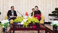 Chủ tịch Quốc hội Nguyễn Thị Kim Ngân tiếp Lãnh đạo IPU