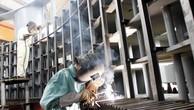 Chính phủ sẽ tạo điều kiện cho kinh tế tư nhân tham gia vào quá trình cơ cấu lại DNNN. Ảnh: Tường Lâm