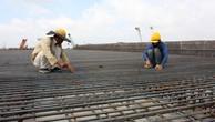 Nợ đọng xây dựng cơ bản vốn NSTW và TPCP đến hết kế hoạch 2015 chưa bố trí nguồn thanh toán là 14.043,798 tỷ đồng. Ảnh: Tường Lâm