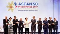 Thách thức nào đang chờ đợi Cộng đồng ASEAN? Ảnh: Reuters