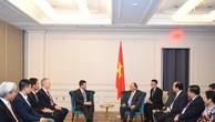 Thủ tướng Nguyễn Xuân Phúc tiếp ông Robert H. McCooey Jr. Phó Chủ tịch Sàn chứng khoán NASDAQ, Hoa Kỳ. Ảnh: VGP