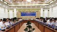Thủ tướng Nguyễn Xuân Phúc chủ trì buổi làm việc với lãnh đạo TP HCM.