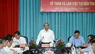 Thủ tướng Nguyễn Xuân Phúc đã làm việc với lãnh đạo chủ chốt tỉnh Bến Tre về tình hình kinh tế-xã hội. Ảnh: VGP