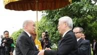 Lễ đón Tổng Bí thư Nguyễn Phú Trọng diễn ra trọng thể, thắm đượm tình cảm  quan hệ láng giềng tốt đẹp, hữu nghị truyền thống, hợp tác toàn diện Việt Nam-Campuchia. Ảnh: TTXVN