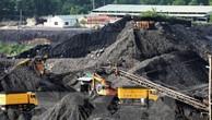 Bộ Tài chính bác đề xuất giảm mức thuế suất với ngành than. Ảnh minh họa: TTXVN