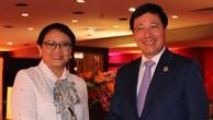 Phó Thủ tướng Phạm Bình Minh tiếp xúc song phương bên lề AMM-50
