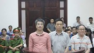 Các bị cáo tại tòa. Giang Kim Đạt ngoài cùng bên trái. Ảnh: M.H.