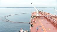 Nhập dầu thô tại phao SPM.