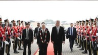 Lễ đón Tổng Bí thư Nguyễn Phú Trọng tại sân bay Quốc tế Soekarno-Hatta. Ảnh: TTXVN