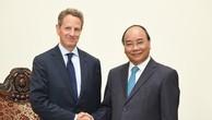 Thủ tướng Nguyễn Xuân Phúc tiếp ông Timothy Geithner, Chủ tịch Tập đoàn tài chính Warburg Pincus. Ảnh: VGP
