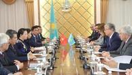 Chủ tịch Quốc hội Nguyễn Thị Kim Ngân hội kiến với Chủ tịch Thượng viện CH Kazakhstan Kassym Zhomart Tokayev. Ảnh: TTXVN