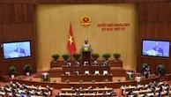 Thủ tướng Nguyễn Xuân Phúc trình bày báo cáo tình hình kinh tế - xã hội trong phiên khai mạc Kỳ họp thứ 4 Quốc hội khóa XIV. Ảnh: AGP