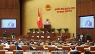 Thủ tướng Chính phủ Nguyễn Xuân Phúc trả lời chất vấn tại hội trường. Ảnh: TTXVN