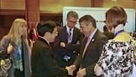 Phó Thủ tướng Phạm Bình Minh gặp Bộ trưởng Ngoại giao Đức Sigmar Gabriel. Ảnh: baoquocte.vn