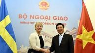 Phó Thủ tướng Phạm Bình Minh và Bộ trưởng Ngoại giao Thụy Điển Margot Wallström. Ảnh: VGP