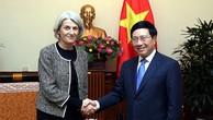 Phó Thủ tướng Phạm Bình Minh tiếp Đại sứ Đan Mạch Charlotte Laursen. Ảnh: VGP