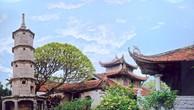 Một góc chùa Bút Tháp