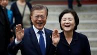 Hôm nay, Tổng thống Hàn Quốc Moon Jea In và Phu nhân tới Việt Nam