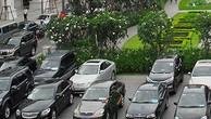 Hà Nội thí điểm khoán xe công