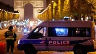 Pháp xác định danh tính kẻ bắn chết cảnh sát ở Paris