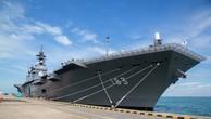 Tàu Izumo của Nhật Bản. (Ảnh: Bloomberg)