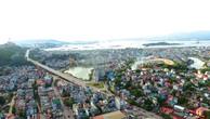 Ngân sách trung ương dự kiến hỗ trợ 366 tỷ đồng để giải phóng mặt bằng tuyến đường ven biển đoạn trên địa bàn tỉnh Quảng Ninh. Ảnh: Đỗ Giang