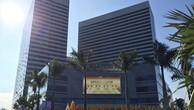 Trung tâm thương mại Myanmar Plaza có tổng diện tích lên đến 40.000m2, được xây dựng theo tiêu chuẩn quốc tế với đầy đủ các hạng mục và đáp ứng nhu cầu tiêu dùng, giải trí của khách hàng.