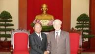 Tổng Bí thư Nguyễn Phú Trọng và Chủ tịch danh dự Đảng Nhân dân Campuchia, Chủ tịch Quốc hội Vương quốc Campuchia, Chủ tịch Hội đồng Dân tộc Mặt trận Đoàn kết Phát triển Tổ quốc Campuchia Samdech Heng Samrin. Ảnh: TTXVN