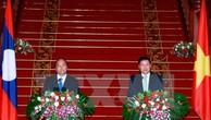 Thủ tướng Lào hài lòng với sự phát triển quan hệ với Việt Nam