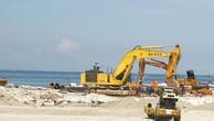 Công ty CP Xây dựng hạ tầng kỹ thuật Gia Lộc chỉ được thuê cung cấp thiết bị thi công để san lấp mặt bằng khu vực nhà máy của Dự án Khu liên hợp Lọc hóa dầu Nghi Sơn. Ảnh: Công Thu