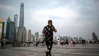 IMF cho rằng giảm nợ là ưu tiên hàng đầu của Trung Quốc hiện nay. Ảnh:AFP
