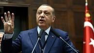 Tổng thống Thổ Nhĩ Kỳ tiếp tục kêu gọi người Turk không bỏ phiếu cho liên minh cầm quyền Đức hiện nay. Ảnh:AFP.