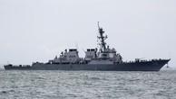 Tàu John S. McCain sau khi bị đâm ngoài khơi Singapore. Ảnh:Reuters.