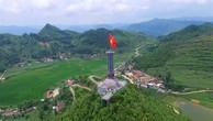 Cột cờ quốc gia Lũng Cú (Đồng Văn, Hà Giang)
