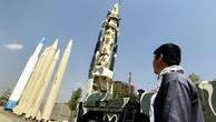 Tên lửa Iran tại một bảo tàng ở thủ đô Tehran. Ảnh:Reuters.