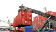 Tạo thuận lợi cho hoạt động kinh doanh và xuất nhập khẩu hàng hóa là một trong những nhiệm vụ quan trọng, cấp bách trong thời gian tới. Ảnh: Nhã Chi