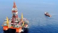 Giàn khoan dầu của Trung Quốc. (Nguồn: AP/TTXVN)