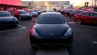 Một chiếc Model 3 của Tesla. Ảnh:Reuters