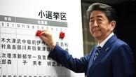 Chứng khoán Nhật Bản lập đỉnh nhờ ông Abe