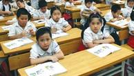 Gói thầu số 2: Mua sắm bàn ghế học sinh do Phòng Giáo dục và Đào tạo huyện Mỏ Cày Nam, tỉnh Bến Tre làm bên mời thầu. Ảnh: Quang Tuấn