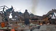 Hiện trường một vụ không kích xuống quận Sahar, tỉnh miền Bắc Saada của Yemen. (Nguồn: AFP/TTXVN)