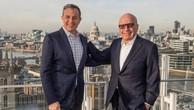CEO Disney - Bob Iger và ông trùm truyền thông - Rupert Murdoch. Ảnh:Disney